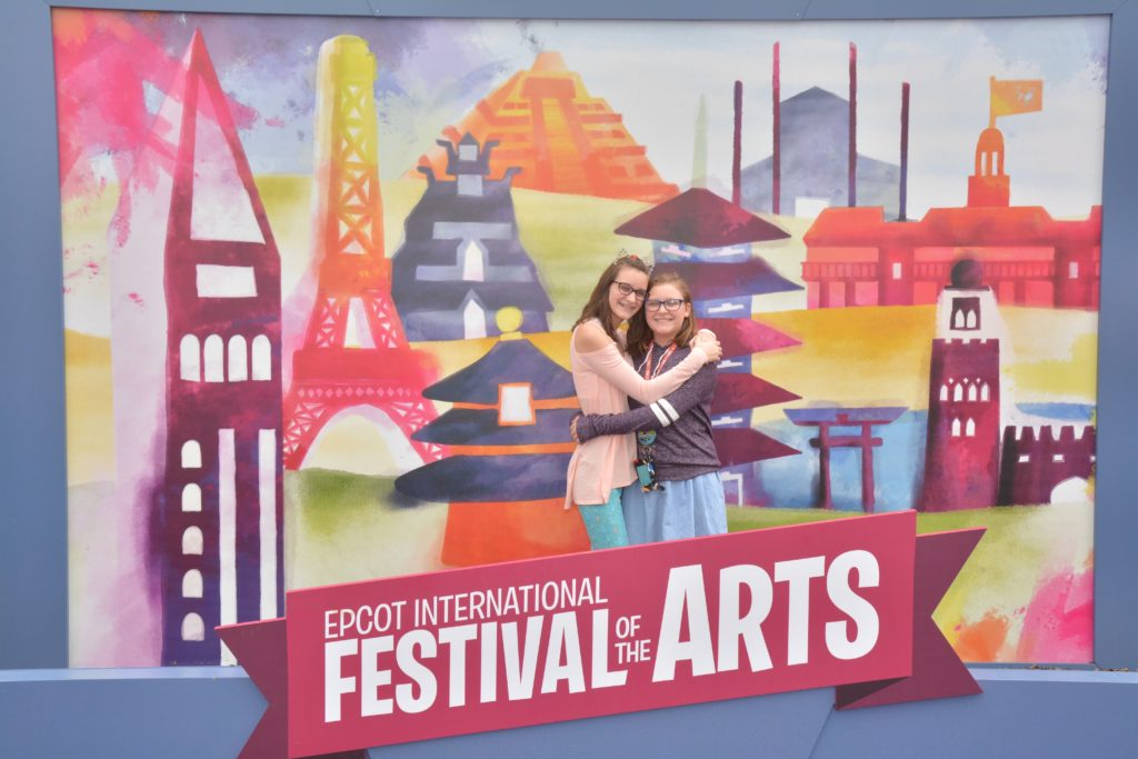 Photopass opportunity at Epcot festival of the arts