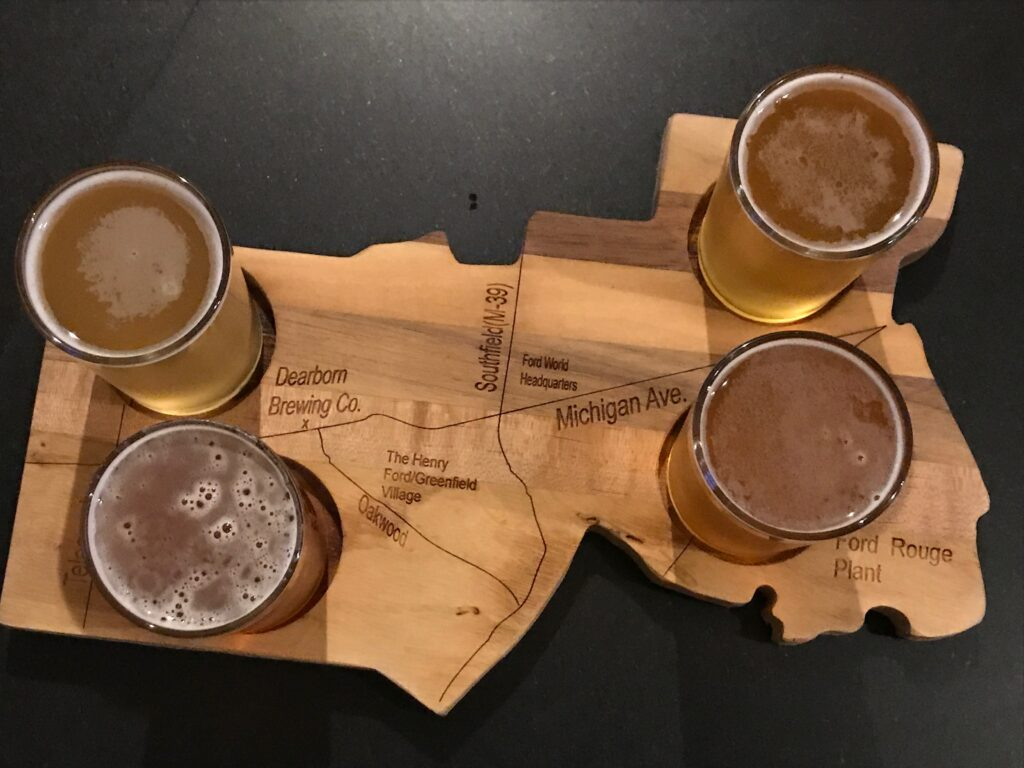 Beer flight Dearborn Brewing