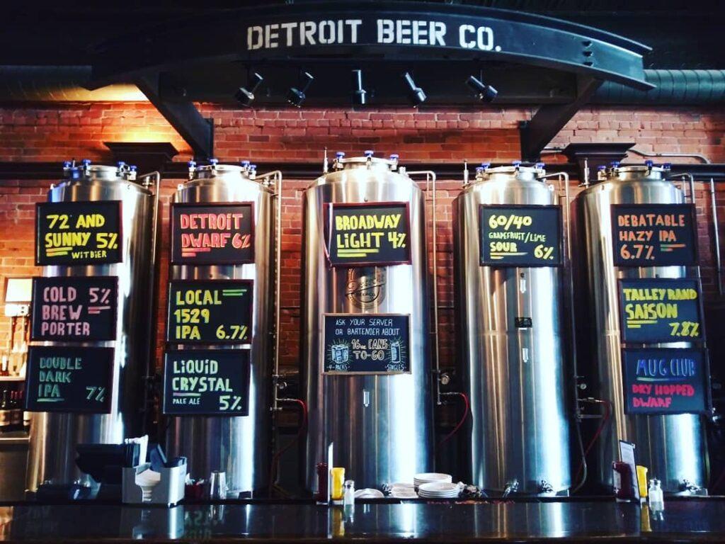 Detroit Beer Co bar area