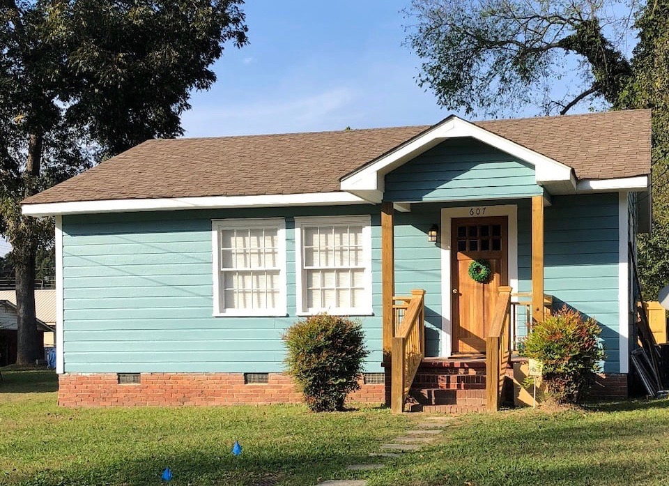 Historic home rental on Airbnb