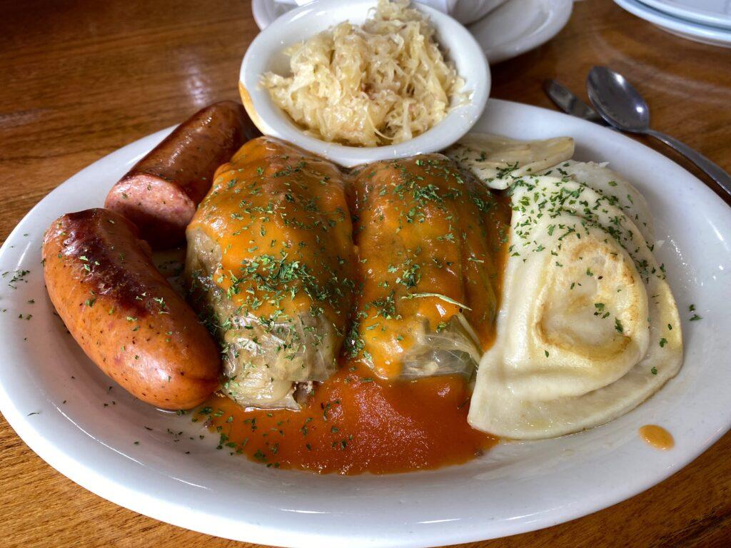 Detroit Coney Island Polish platter